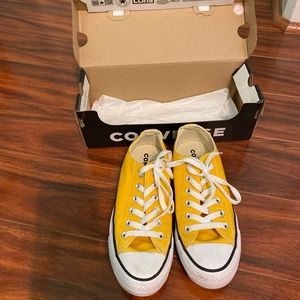 converse yellow sneakers